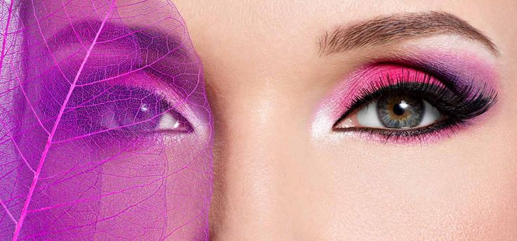 Pink is a shade which gives hot and beautiful look to our eyes. Here is a step by step tutorial on how to apply pink eye makeup perfectly.
