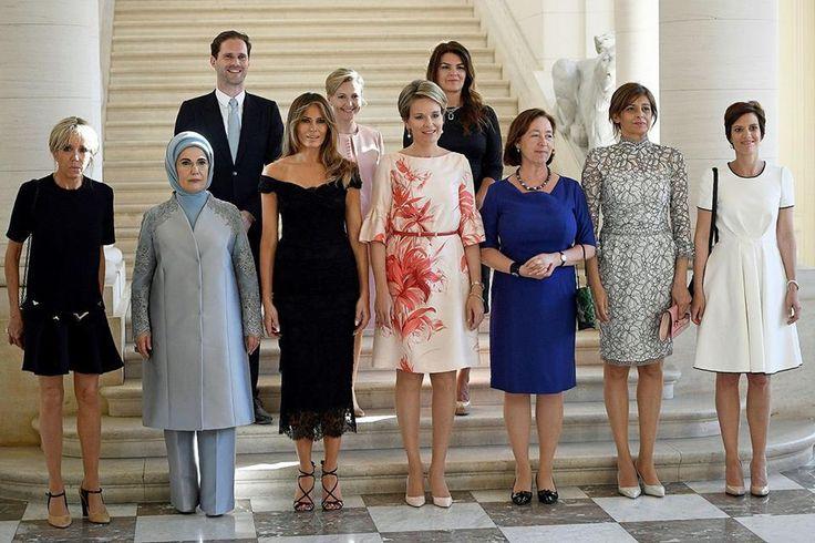 Pour la première fois, le compagnon d'un dirigeant pose avec les «premières dames» au sommet de l'Otan