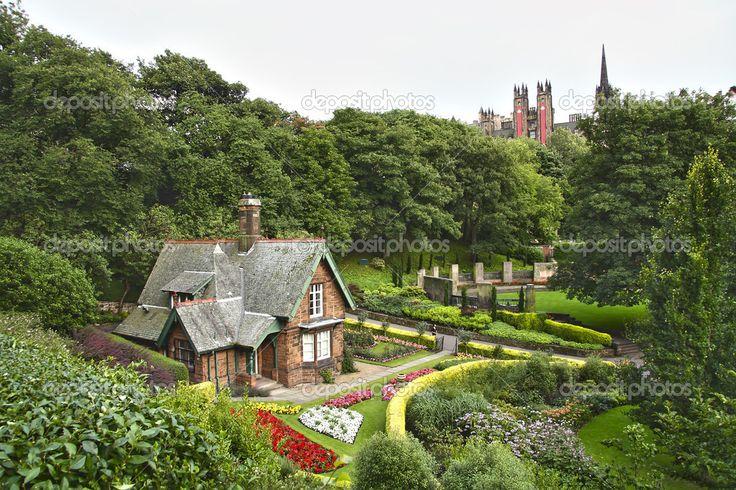 プリンス ストリート ガーデンズ、エディンバラ。スコットランド