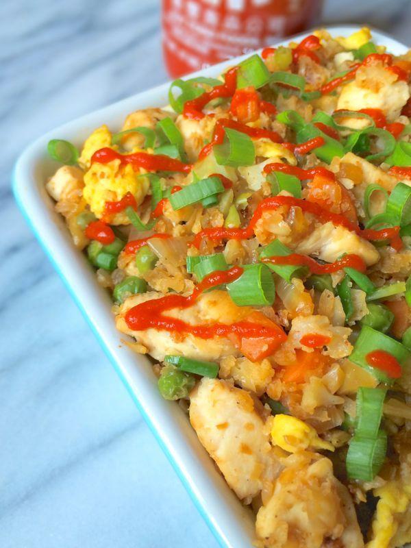 Sriracha Chicken Cauliflower Fried Rice #GlutenFree #Paleo