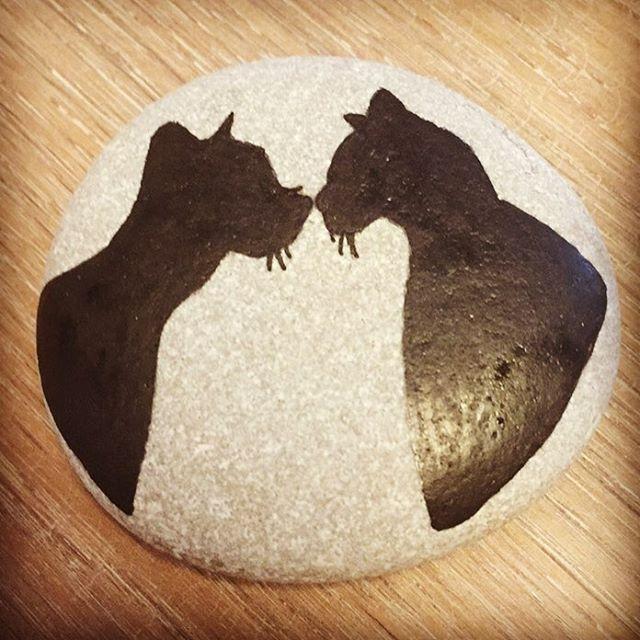 #tasarim #stones #sipariş #design #dekorasyon #unique #handmade #stand #istanbul #instadesign #instadecor #instastyle #instastoners #instafollow #takip #turkinstagram #contact #instadaily #instaphoto #photo #photooftheday #picoftheday #vscocam #kedi #cat #catsofinstagram #cats #love #aşk