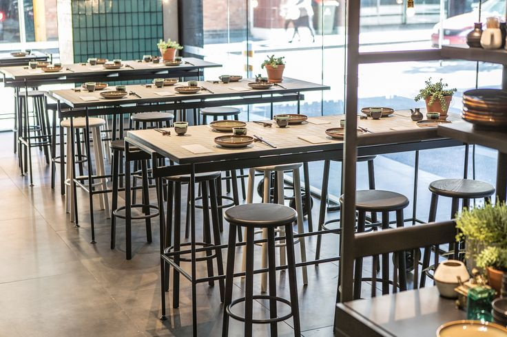 melbourne wine and cheese culture ourdoor decor idea 1 - Tables and stools
