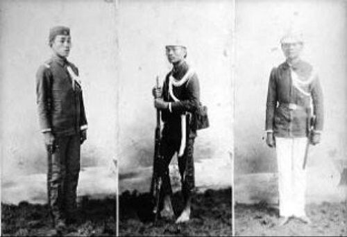 A native Filipino member of the Guardia Civil Veterana, clothed in the 3 types of Guardia uniforms: (LEFT to RIGHT) De Cuartel (barracks), De Marcha (field) and De Gala (ceremonial). In October 1897, two months before the truce of Biyak-na-Bato, there were 3 Guardia Civil regiments in the Philippines with a total manpower of 155 Spanish officers and 3,530 natives. The Guardia Civil discharged both military and police functions.