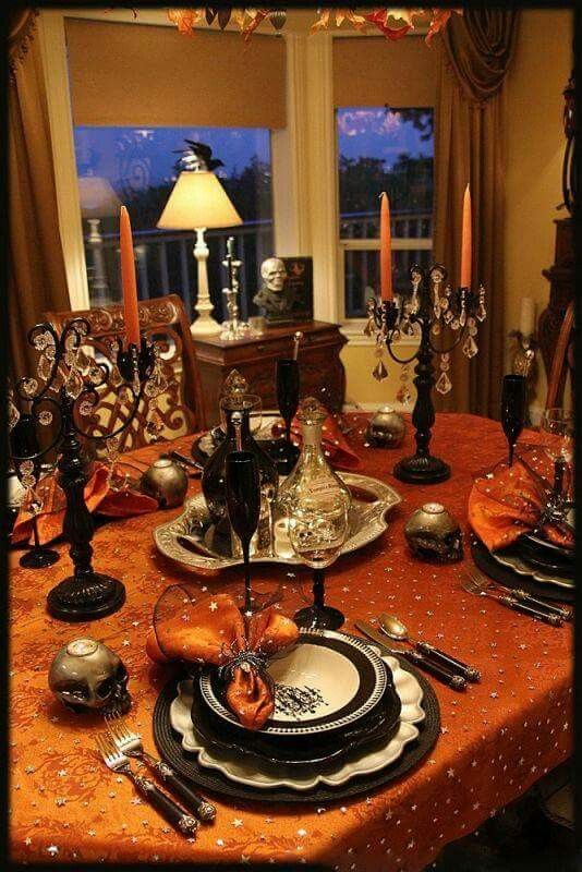 orange and black halloween dinner party white candles gliter gold gliter