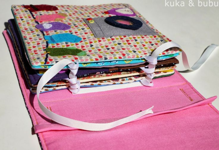 Quiet Book aus Stoff- und Bekleidungsresten / Quiet book made from scraps of fabric and clothes / Upcycling