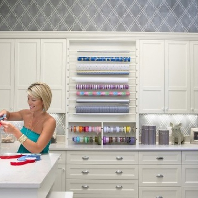 I want a wrapping room!: Crafts Rooms Design, Dreams, Laundry Rooms, Rooms Ideas, Craftroom, Gifts Wraps Stations, Wraps Paper, Traditional Home Offices, Craft Rooms
