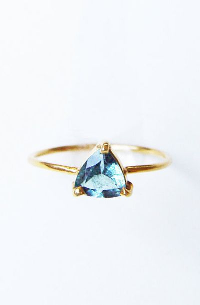 //Blue Aquamarine Triangle Gold Ring OOAK