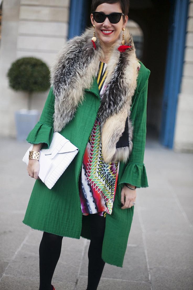 Brights in street style. Paris Fashion Week © Josefina Andrés