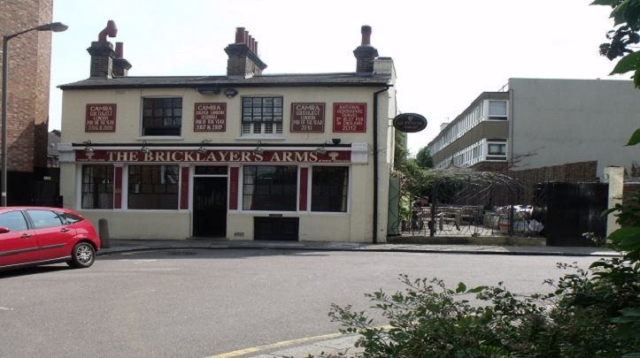 The Bricklayers Arms - Featured on the hit TV show The Apprentice and reopened for a year now, the oldest pub in Putney is firmly back on the map. With beautiful outdoor seating, the pub is fit for all seasons!