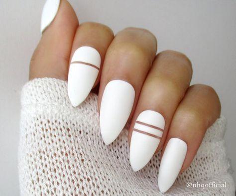 Blanc mat Stiletto Nails Clous d'amande Faux par nhqofficial