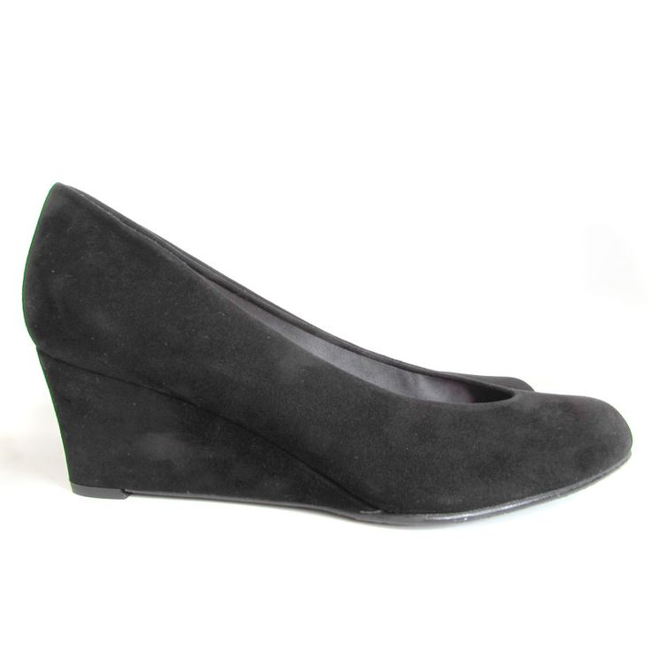 clearance wiki Stuart Weitzman Suede Buckle Pumps free shipping manchester great sale wMTmz