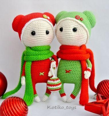Amigurumi Christmas dolls (free crochet pattern) // Amigurumi karácsonyi manók (ingyenes manó horgolásminta) // Mindy - craft tutorial collection // #crafts #DIY #craftTutorial #tutorial #DIYToys #ToyMaking #HandmadeToy
