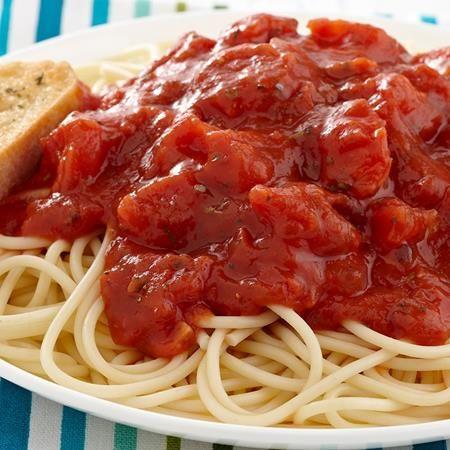 Menos de %240.75 por porcion. Esta versatil salsa de tomate tambien puede untarse sobre pizza o servirse con sustanciosos sandwiches%2C como submarinos de albondigas y calzones.