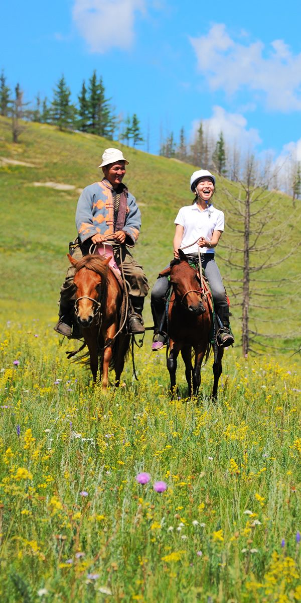 モンゴル ホーストレッキング(Horse trekking in Mongolia)
