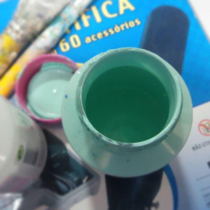Drama do dia: como vou viver sem minha tinta aqua??? /o\ #craft #artesanato #tinta #cor #color #aqua