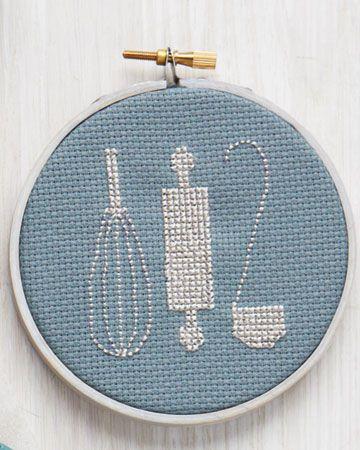 kitchen cross stitch freebie (Martha Stewart et al) click through for more...