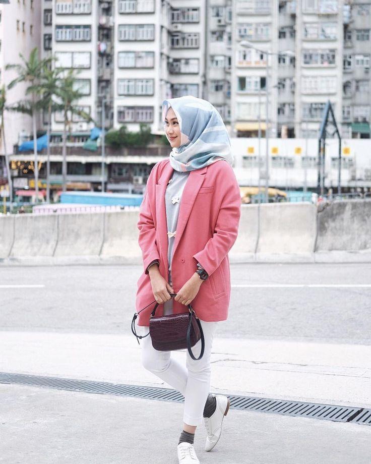 "1,121 Likes, 10 Comments - Indah Nada Puspita Hongkong (@indahnadapuspita) on Instagram: ""info buat yang mau traveling ke Hongkong, sekarang suhunya sekitar 16-21 derajat . wear sweater…"""