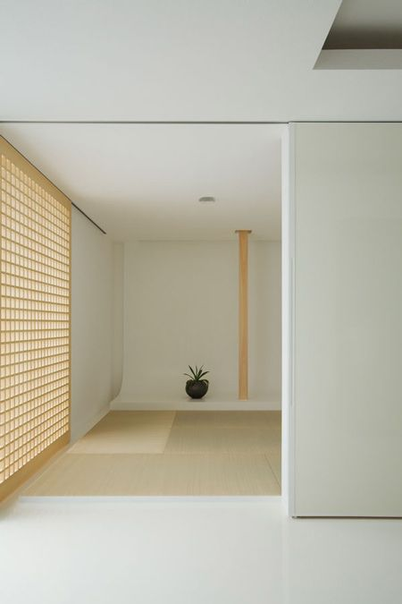 House of Depth by Japanese architect Kouichi Kimura. Beautiful designed tatami-room.
