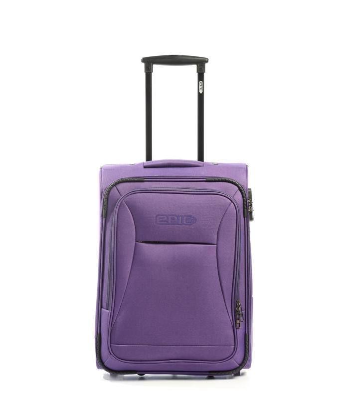 Her kan du finde softcase kufferter til din rejse. Vi har et stort udvalg af flotte og praktiske softcase kufferter, som passer perfekt til dig. Kig ind og find en softcase kuffert.