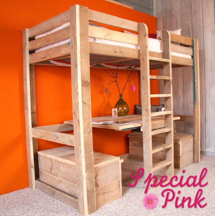Hoogslaper Sabine van steigerhout. voor € 525,- bij Special Pink!