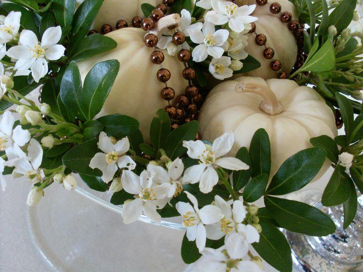 composition d 39 automne 21 art floral pinterest plus d 39 id es composition et automne. Black Bedroom Furniture Sets. Home Design Ideas