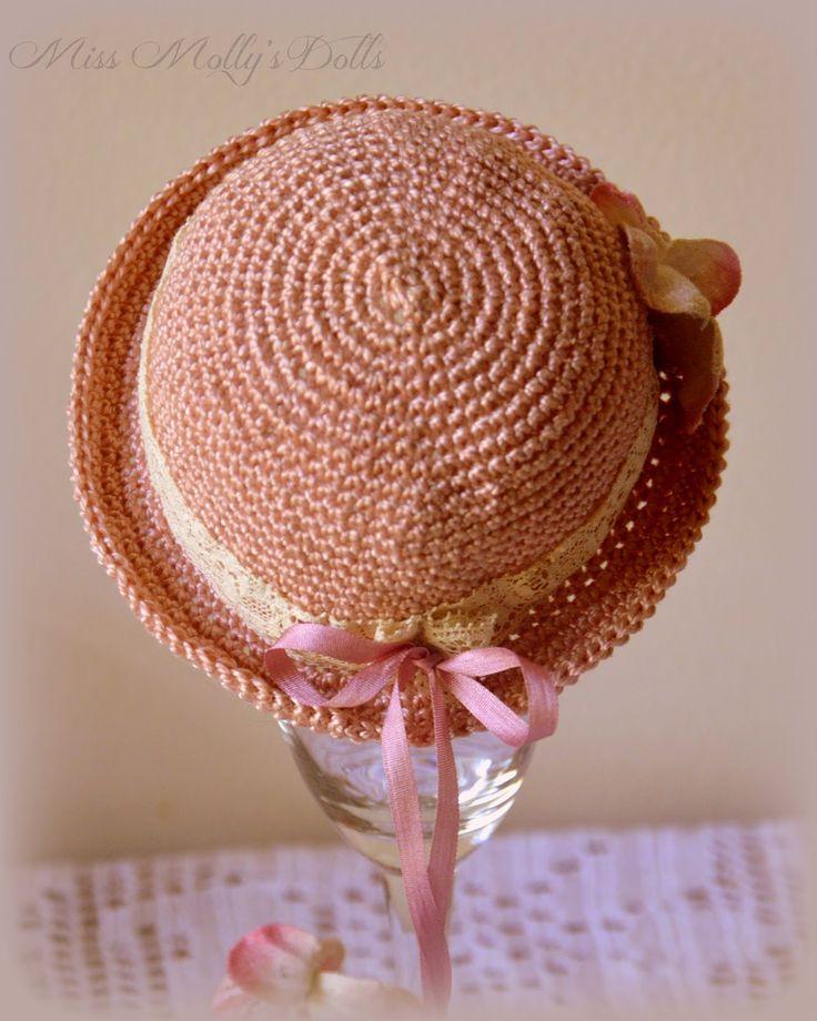 Little Crochet Hat Pattern Tutorial ༺✿ƬⱤღ  http://www.pinterest.com/teretegui/✿༻