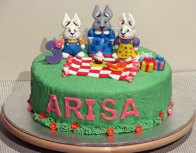 37 Best Images About Max Amp Ruby Cakes On Pinterest