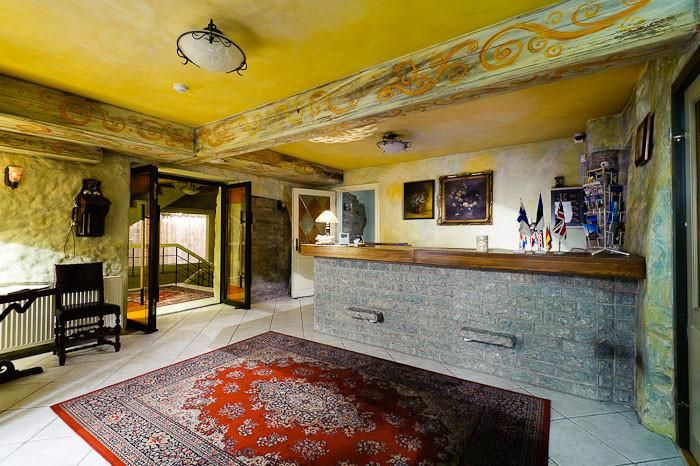 TaaniLinna Hotel - Tallinn ; The small, cozy and stylish Taanilinna Hotel is located in the historical part of the Old Town not far from the city wall.  From 56 euro onwards!    www.hansaguides.ee
