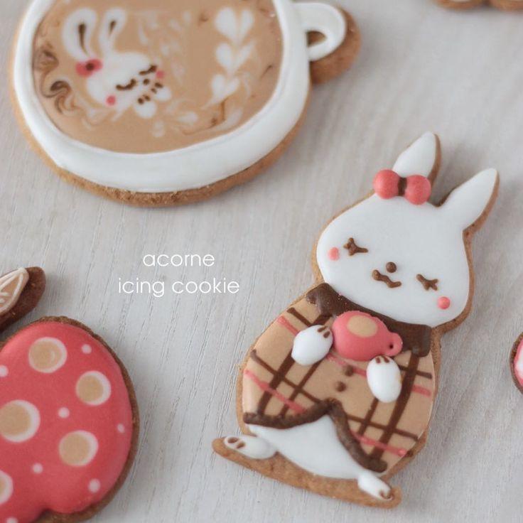 9月アイシングクッキーレッスンは秋色うさぎのカフェタイム☕️ 明日8月30日21時お申込みスタートです皆さまのご参加、楽しみにおまちしております❤️ #icingcookie#decoratedcookie#decoratedsugarcookies#sugarart#cookie#sweets#royalicing#royalicingcookie#cookieart#sugardecoration#baking#instafood#instacookies#instasweet#acorne##instaphoto#instagram#sugarcookie#アイシングクッキー#アイシングクッキー教室#シュガークラフト#横浜アイシングクッキー教室#アコルネ#オーダー#ラテアート