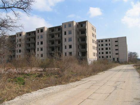 Kísértetváros Veszprém mellett - Panellakás - lakótelep - blog