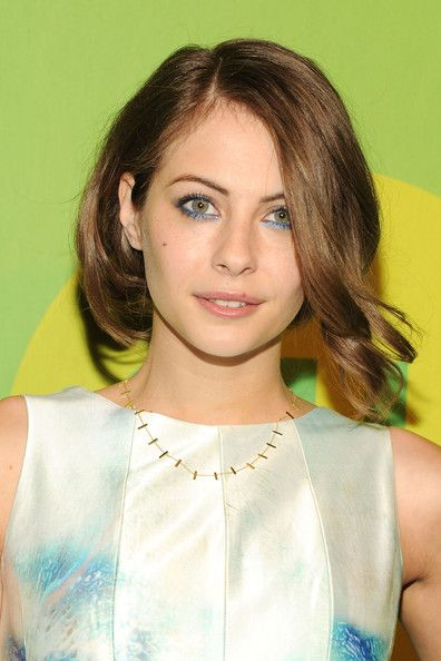 willa holland. Love this cut
