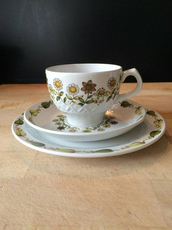 """Alfred Meakin """"Sweet Meadow"""" Teacups, Saucers and Teaplates with Free Shipping"""