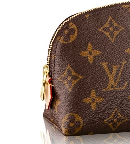 Louis Vuitton Pouches & Cosmetic Bags popular LOUIS VUITTON MONOGRAM cosmetic Pouch-gifts too 4