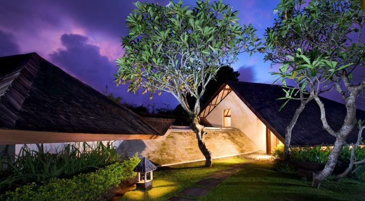 Villa Bali Bali One - Entrance at sunset