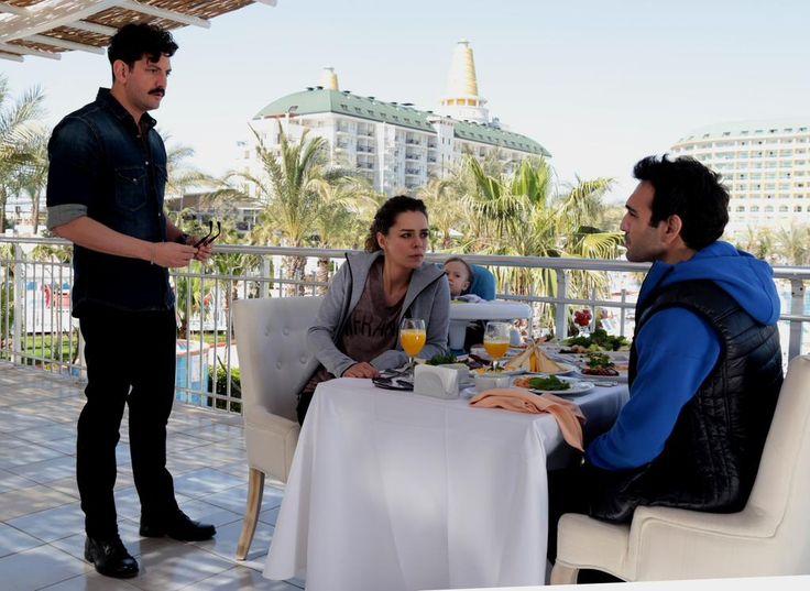 Aşk Yeniden 7.Bölüm Fragmanı (24 Mart 2015 Salı / Fox Tv) http://baydizi.com/video/ask-yeniden-7-bolum-fragmani-24-mart-2015-sali-fox-tv/#ixzz3UgMBc3yx