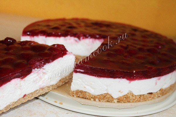 Торт без выпечки с вишнейИнгредиенты:200 грамм - печенья;100 грамм - сливочного масла;175 грамм - творожного сыра, Филадельфия;200 мл. - йогурта;250 мл. - сливок (21%);50 мг. - сахара;1 пакетик - в…