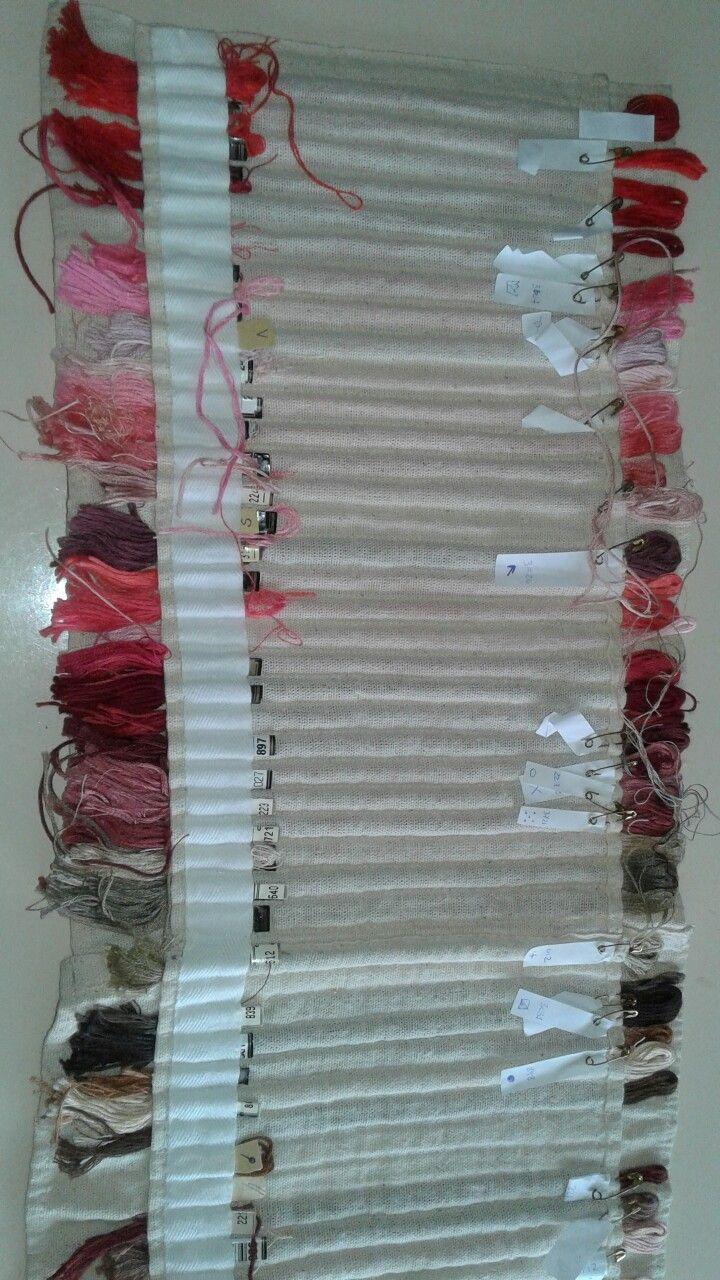 Para ordenar hilos de bordar