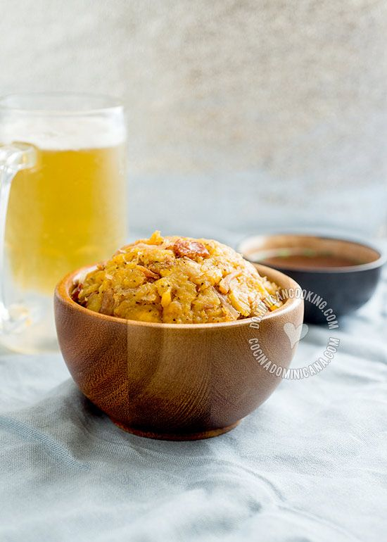 Mofongo Recipe (Garlic-Flavored Mashed Plantains): a very tasty dish that has great following among Dominicans. There are many varieties of this dish.