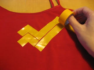 the nifty nest: Wonder Woman Costume, would be really cool with gold duct tape!