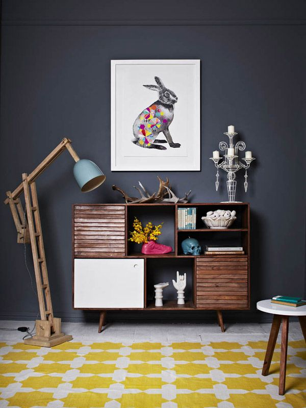 entrance hall - Display shelf with decor items and a framed print