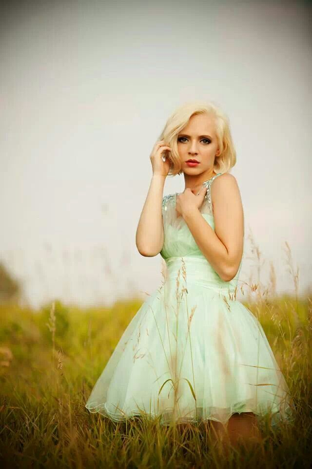 21 best Madilyn Bailey images on Pinterest | Itunes, Singers and ...
