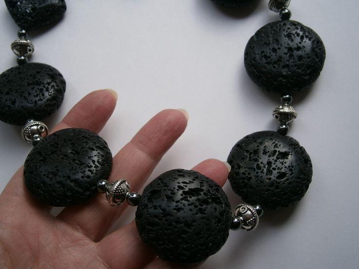 Lava Statementkette große Steine,schwarze Kette von kunstpause auf DaWanda.com