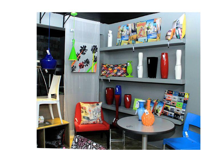 Colección primavera verano 2014 Sillas, mesas, jarrones, cuadros decorativos, lámparas