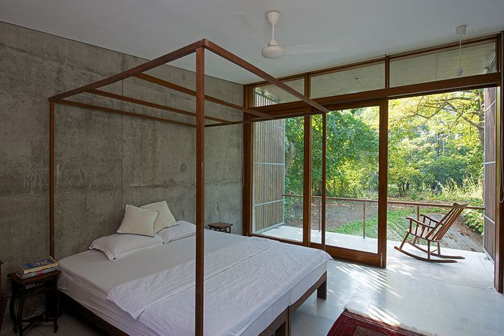 House on a Stream, Alibag - Architecture BRIO, Mumbai / India #sustainablearchitecture #retreat #verandah
