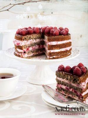 Слоеный маковый торт с малиной