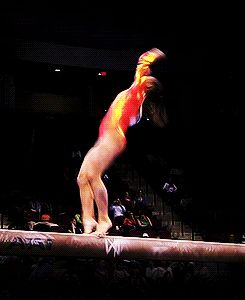 (gif of Shawn Johnson's standing full)
