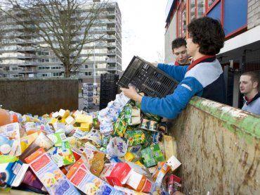 Dijksma: Voedselverspilling uitdaging hele keten