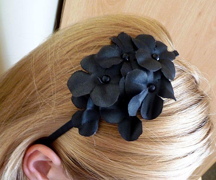 Opaska do włosów z kwiatami - FashionCorner - Opaski do włosów