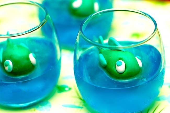 """Alligator Party Ideas-Jello """"water"""" {Bayou Bash} - Spaceships and Laser Beams"""