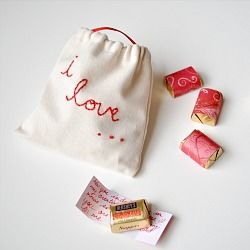 Chocolate love notes - a simple diy Valentine - many variations possible
